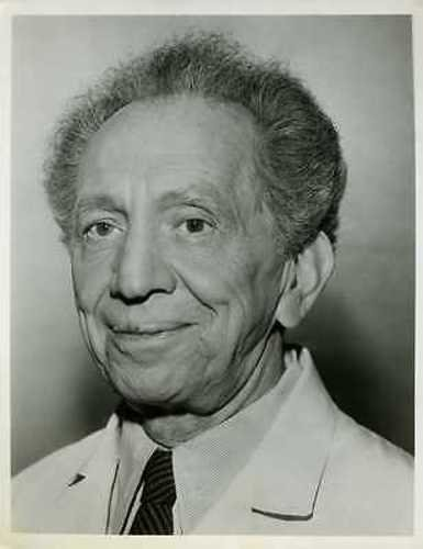 this guy, Sam Jaffe, an American actor of Russian descent.